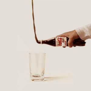 عکس تبلیغاتی کوکاکولا