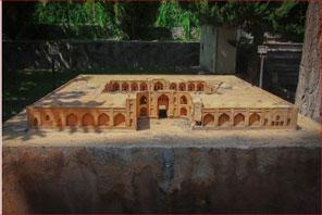 زیبایی های باغ موزه هنر ایرانی